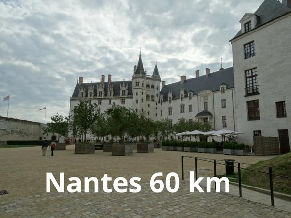 Nantes (60km)